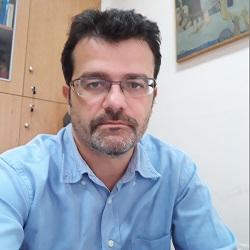 Αντώνης Μπόγρης